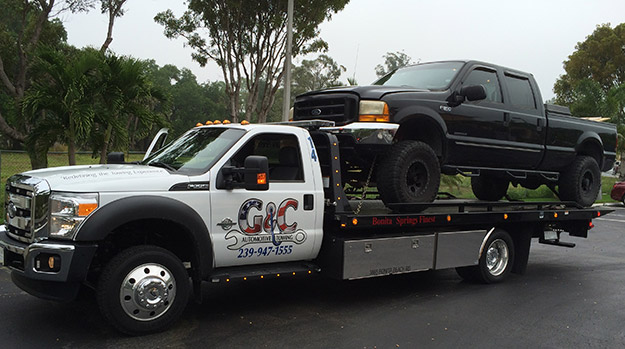 Truck Towing in and near Bonita Springs, Estero Florida