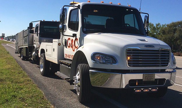 Commercial Vehicle Towing in and near Estero Florida